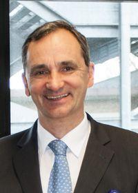 Dr. Michael Baehr
